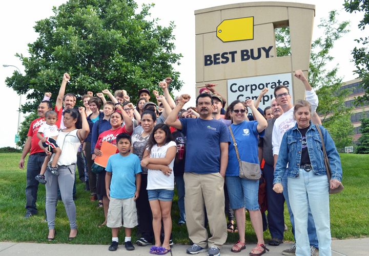 Workers celebrated outside Best Buy's corporate headquarters in Richfield this morning, hours after the company agreed to use responsible cleaning contractors inside its stores. Union Advocate photo